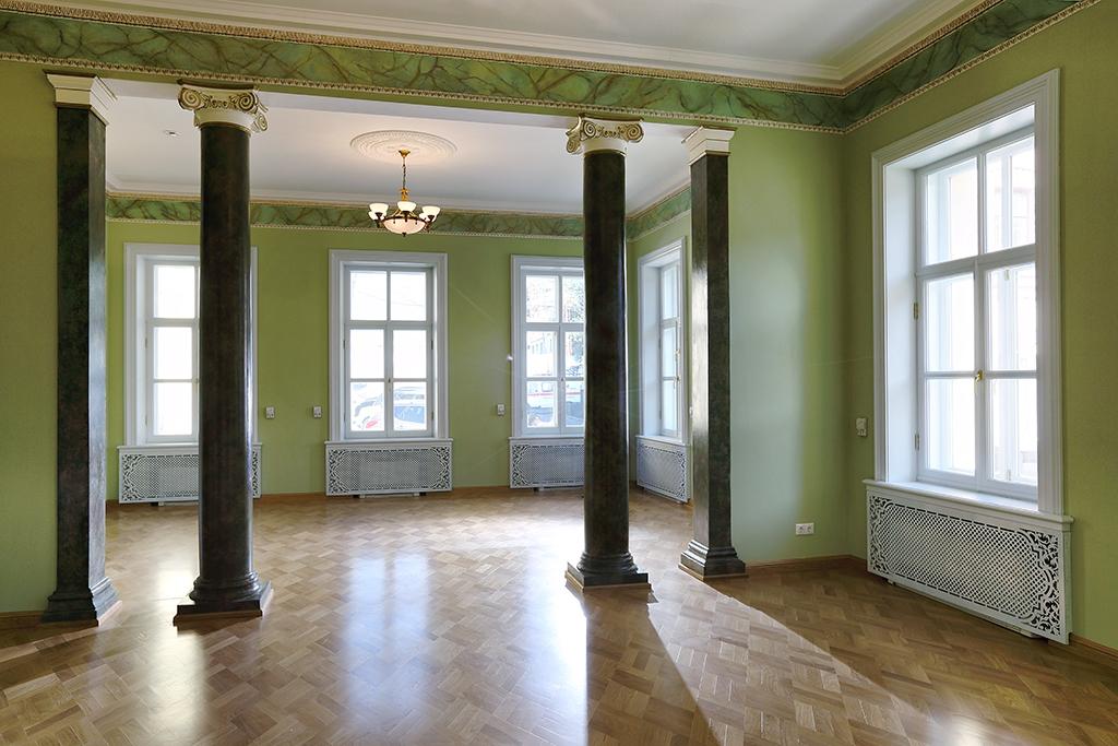 Калашников арендовал офис по соседству с Yandex