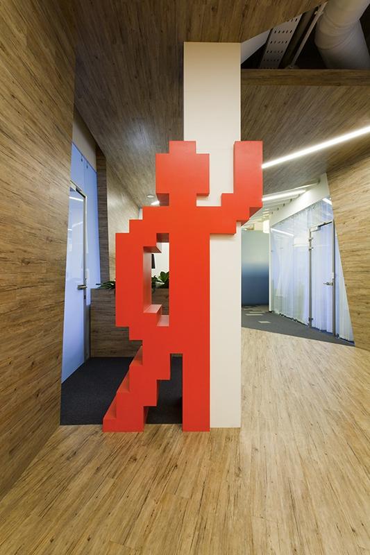 """Офис """"Яндекса"""" превратили в копию сайта"""
