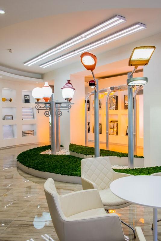 Офис недели: Игра цвета в штаб-квартире производителя светотехники