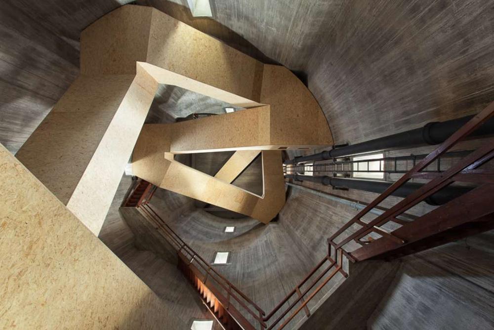 Семь необычных лестниц в интерьере