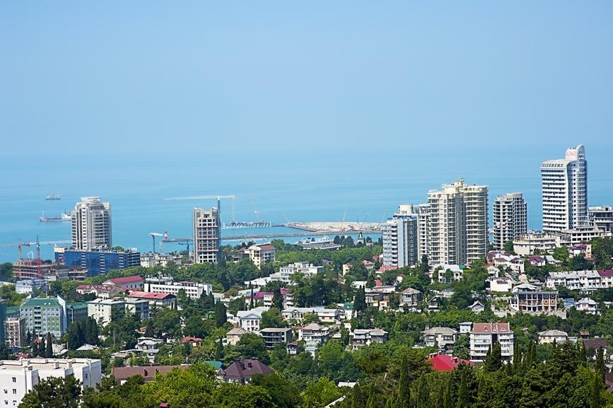 Российские города-миллионники и курорты застраивают апартаментами