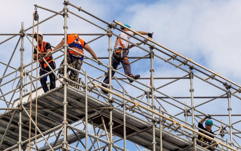 Когда на столичные стройки придет местная рабочая сила
