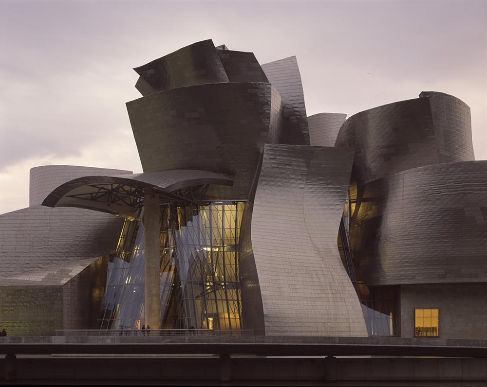 Фрэнк Гери назвал современную архитектуру лишенной стиля
