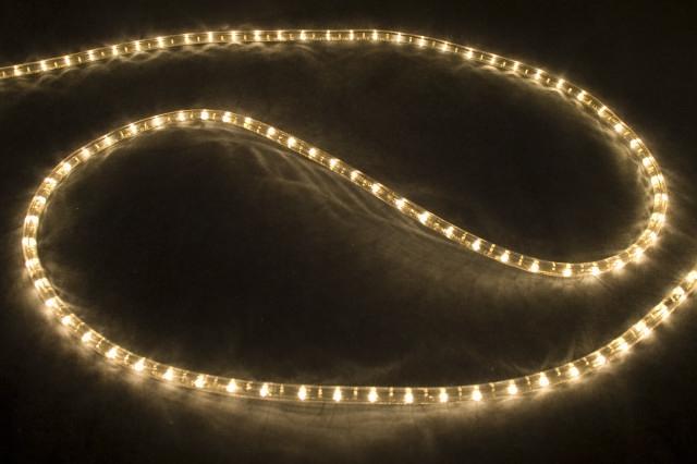 Готовим коттедж к Новому году: праздничное освещение